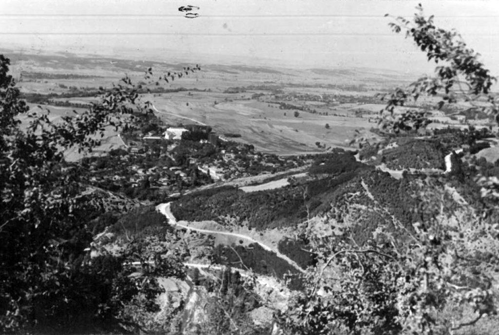 Панорама Поречја и Вучја 1939 (сликано са Скобаљић града)